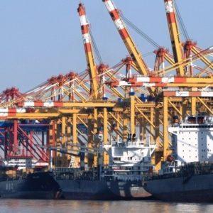 Halbjahresbilanz zeigt Rekordhoch beim Fahrzeugimport und -export über Bremerhaven
